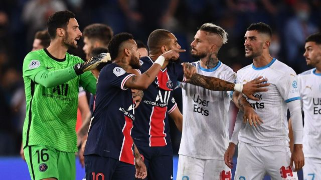 PSG vs Marseille, Kartu Merah, Kartu Kuning, Skor Pertandingan