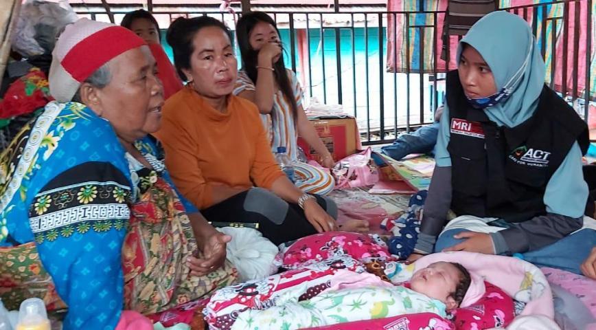 Musibah Kebakaran, Aksi Cepat Tanggap Sumatera Selatan, ACT Sumsel, bantuan paket sembako, Santunan Dana, viral di media sosial