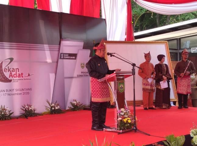 Gubernur Sumsel Tegaskan Adat Sebagai Alat Pemersatu Bangsa Lamanqu Id