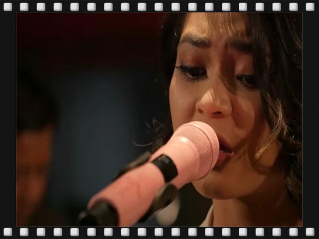 geisha demi waktu, lagu ddemi waktu versi akustik