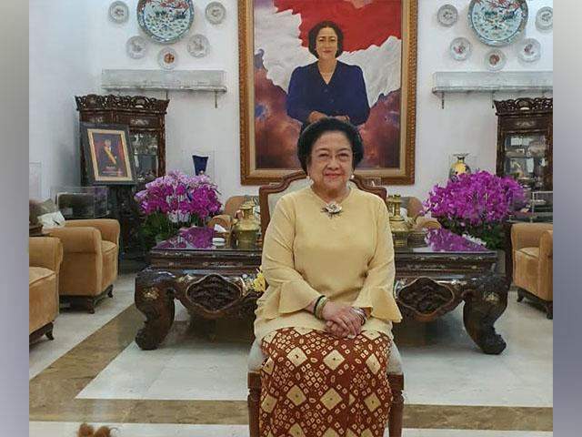 Mantan Presiden Megawati, Pakai Gambo Muba