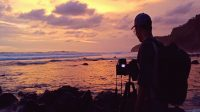 Menikmati Senja di Pantai Menganti