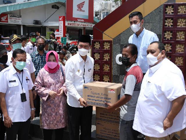 Grub Astra Palembang Menyalurkan Bantuan