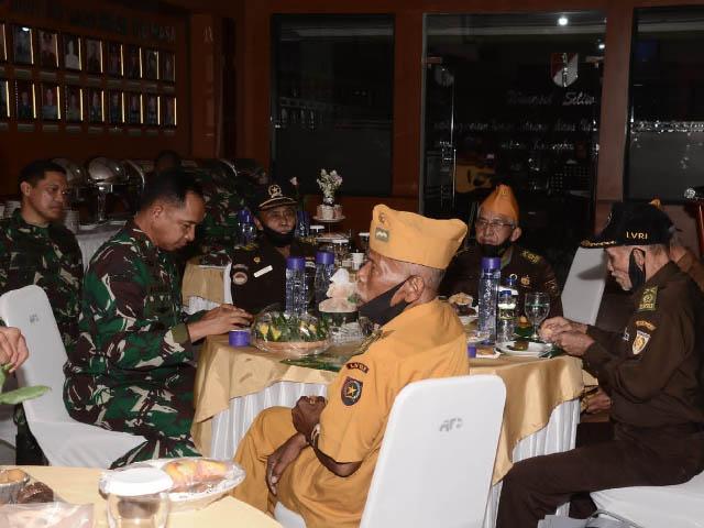 nilai kepahlawanan para veteran,Peringatan HUT TNI ke 76